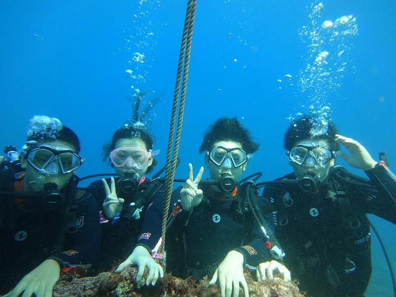 透明度も水温も上がり調子なヒリゾ浜体験ダイビング@アカデミー