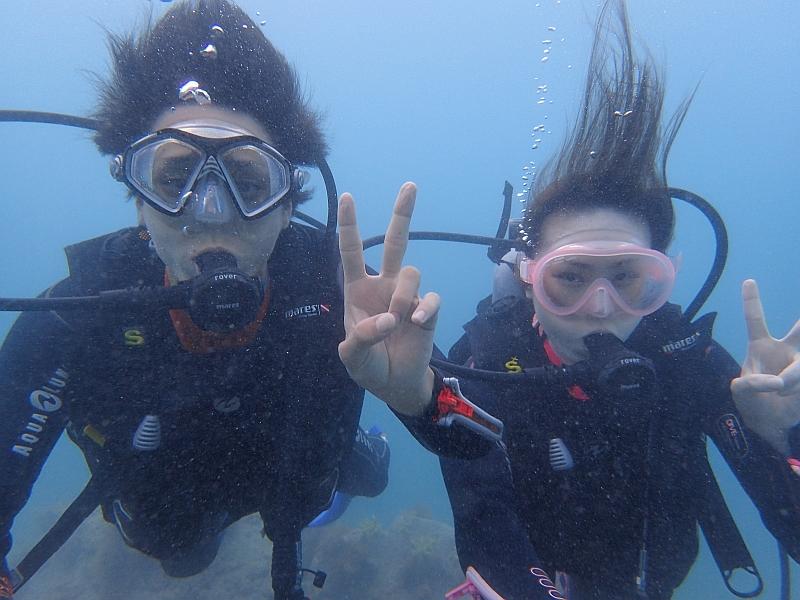 透明度よりもお魚の数にビックリ!ヒリゾ浜体験ダイビング@アカデミー
