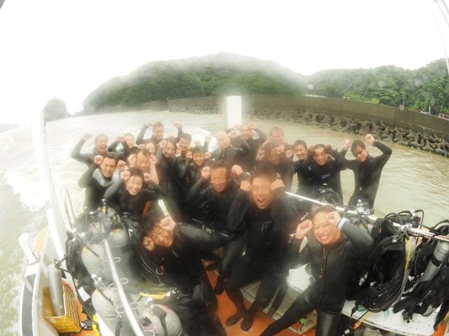 雨の中の歓喜!!Aポイントでハンマー群れ!@神子元